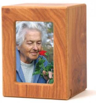Teilaschenurnen aus Holz